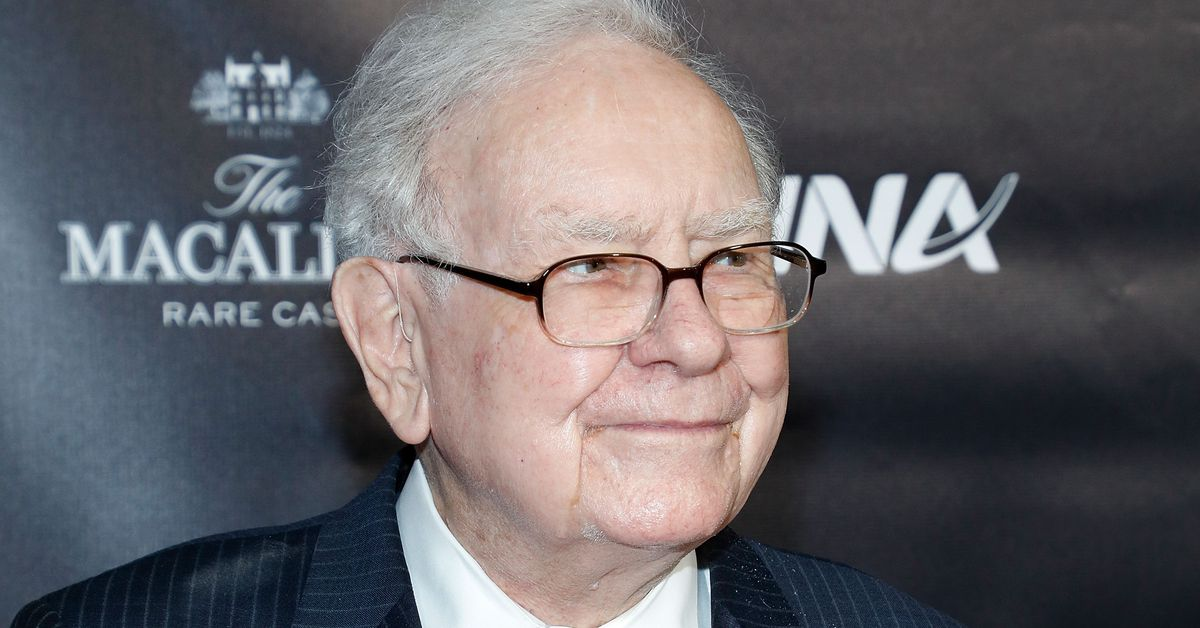 Buffett says economy is slowing amid virus fears