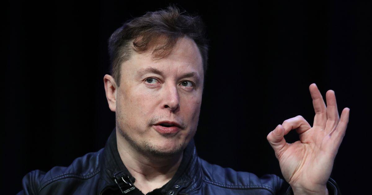 Elon Musk Tells Employees Car Crashes Are More Dangerous Than Coronavirus