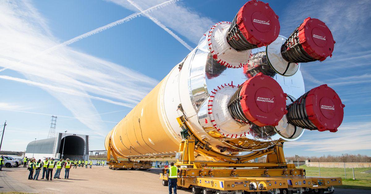 NASA's SLS moon rocket is 30 percent over budget, report says